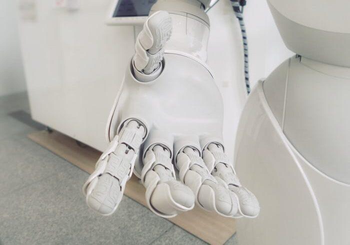 AI人工智慧聊天再升級!因地制宜,推在地化對話模型!