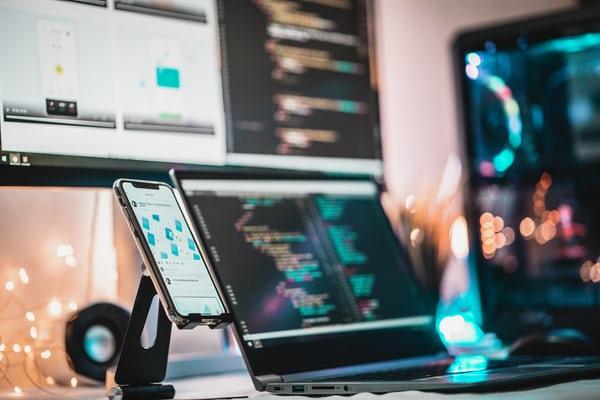 2021 UI.UX五大設計新趨勢!你跟上了嗎?
